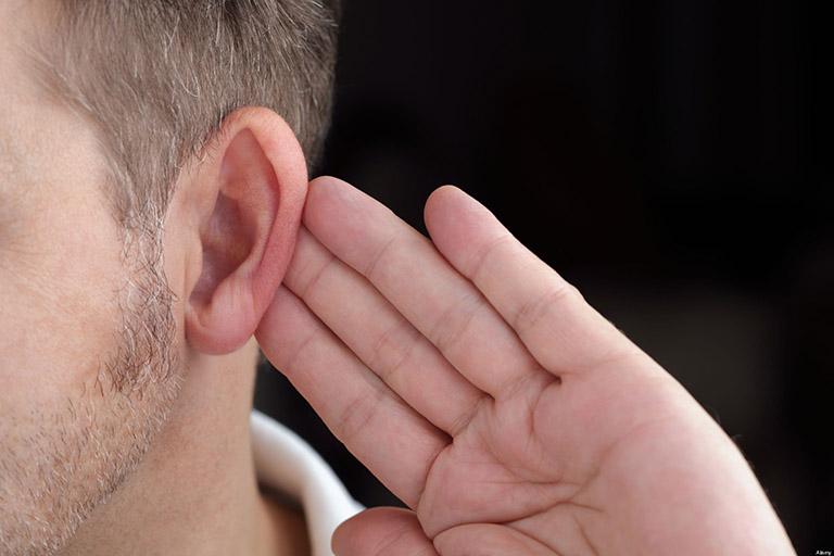 Thói quen gây suy giảm thính lực ở người trẻ