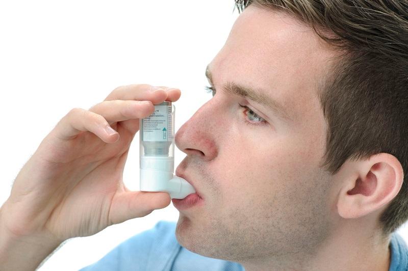 Sử dụng corticosteroid dạng hít lâu dài